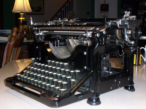 Underwood, right view