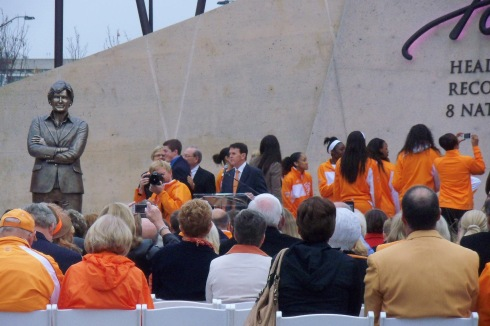 Dedication of Pat Summit statue @ University of Tennessee