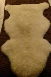 Sheepskin rug, Australia/New Zealand Love this sooo much, I have four!